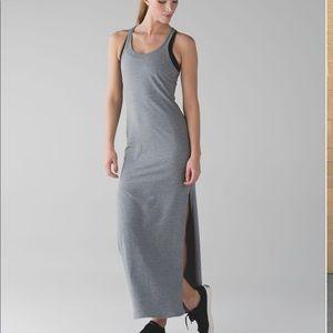 LULULEMON • grey refresh maxi dress SIZE